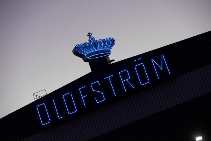 Volvo olofström blå takskylt av FocusNeo i Stockholm