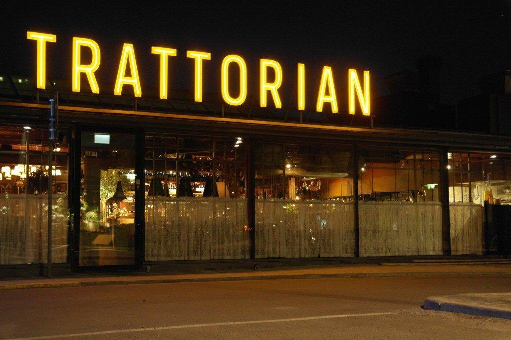 Trattorian takskylt i butik-fronten av FocusNeo i Stockholm