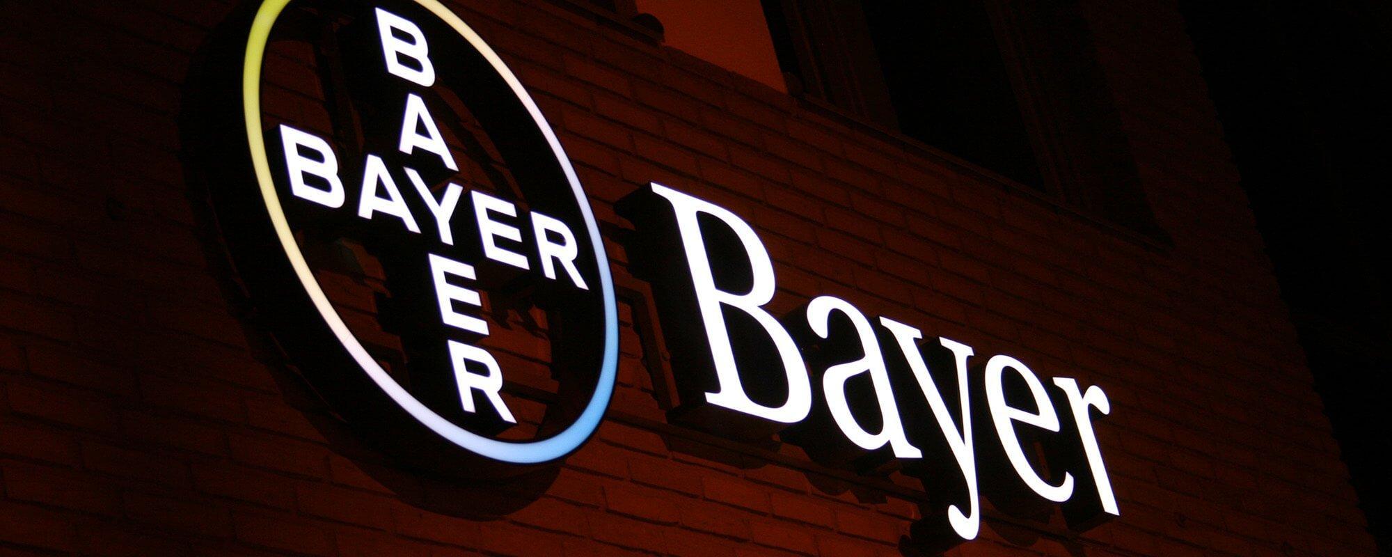Bayer fasadskyltar av FocusNeo i Stockholm