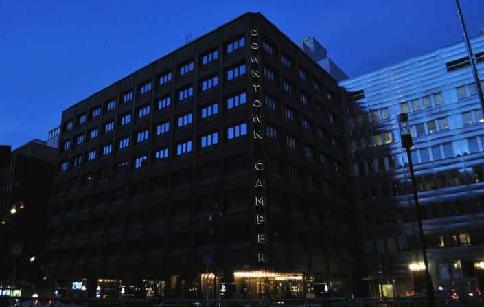 Downtown Camper fasadskylt Årets skylt