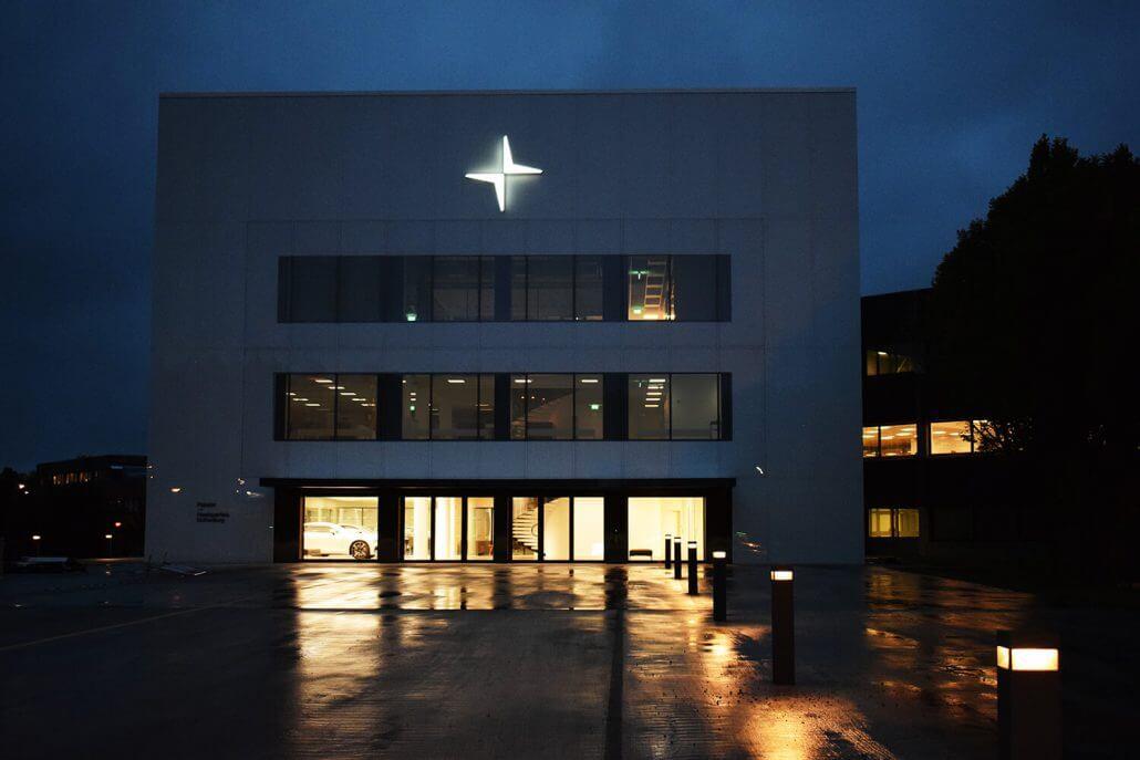 Polestar by night Göteborg FocusNeo